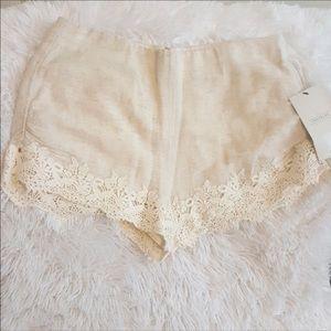 Zara Trafuluc XS Shorts NWT